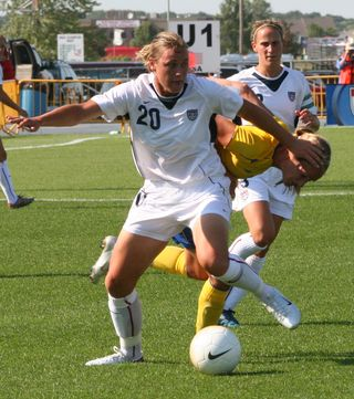 Abby Wambach 2006 vs SWE